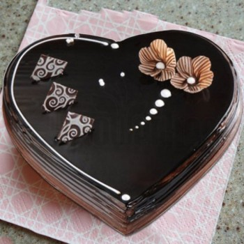 Half Kg Heart Shape Cake