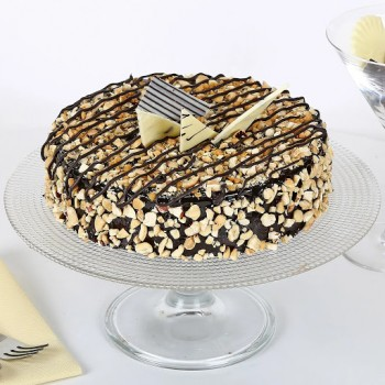 Crunchy Nutty Choco Cake