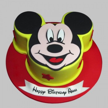Lovable Mickey Mouse Cake