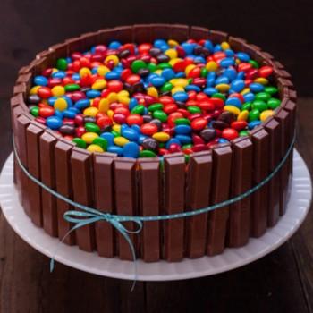 kitkat gems cake